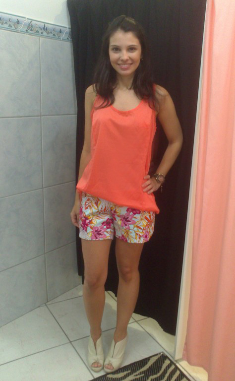 Look_Short estampado_Blusa seda_Loja Aglaia