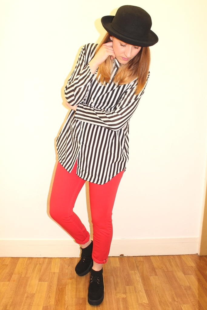 listras-look-stripes-red-pants