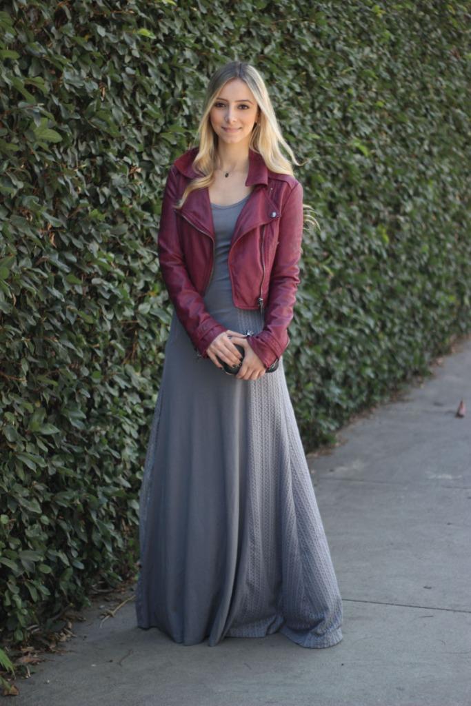 look-da-onca-vestido-longo-cinaz-neca-design-jaqueta-burgundy-ellus