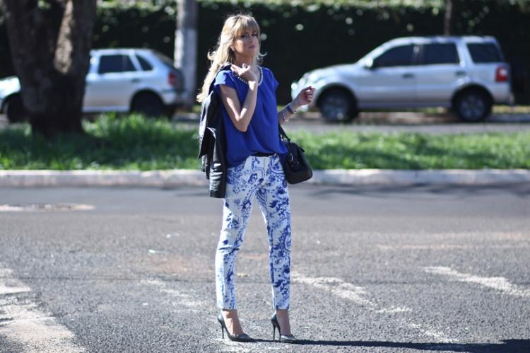 look-azulejo-portugues-calça