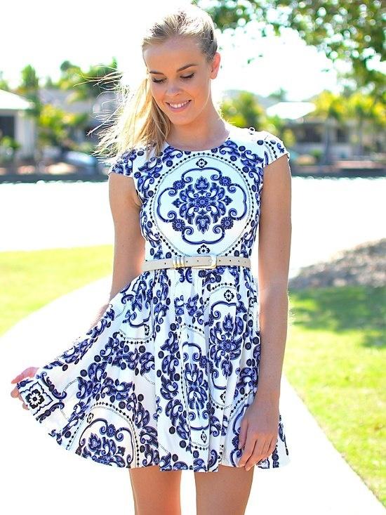 look-azulejo-portugues-vestido