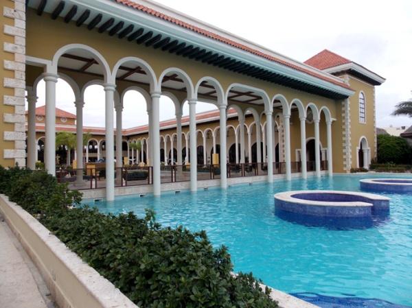 paradisus-palma-real-punta-cana-piscina