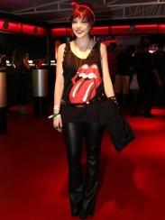 Adoreeei o look da Bia Arantes. Até porque tenho uma blusa igual e uso com renda também ;)
