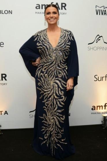 O vestido da Mares de Giovanna Antonelli é maravilhoso, mas eu não sei se é a foto, se é a pose ou uma terceira opção, mas não valorizou o corpo da atriz.