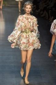 Esse Dolce & Gabbana não é ideal para eventos de gala, mas apostaria nele em eventos de premiação mais descontraídos.