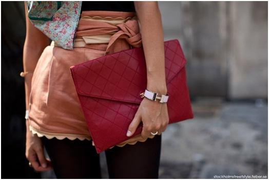 bolsa-carteira-como-usar-look-vermelha