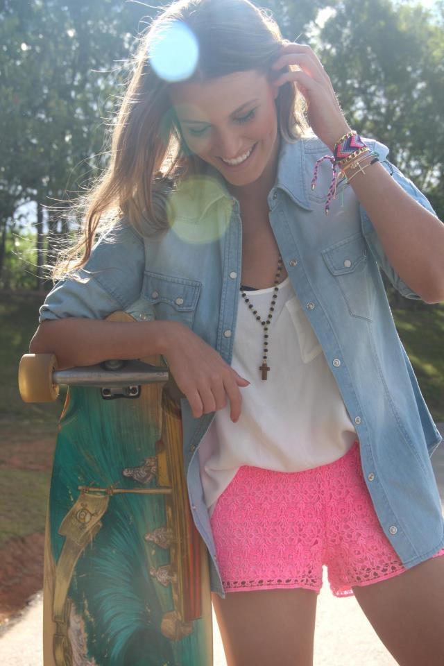 look-renda-e-jeans-rosa