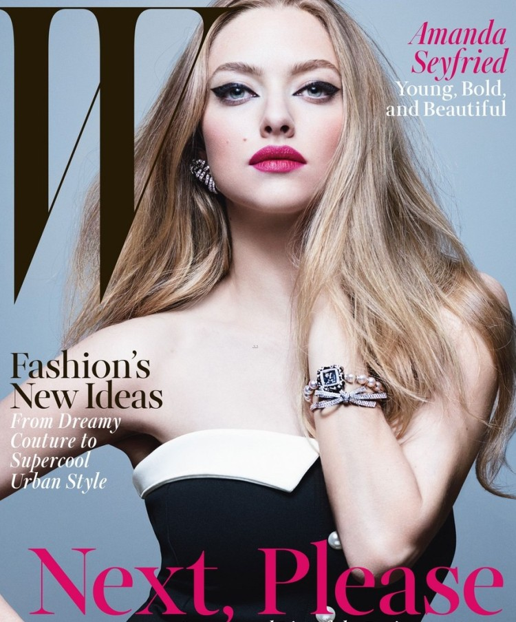 amanda-seyfried-bikini-body-w-magazine-02