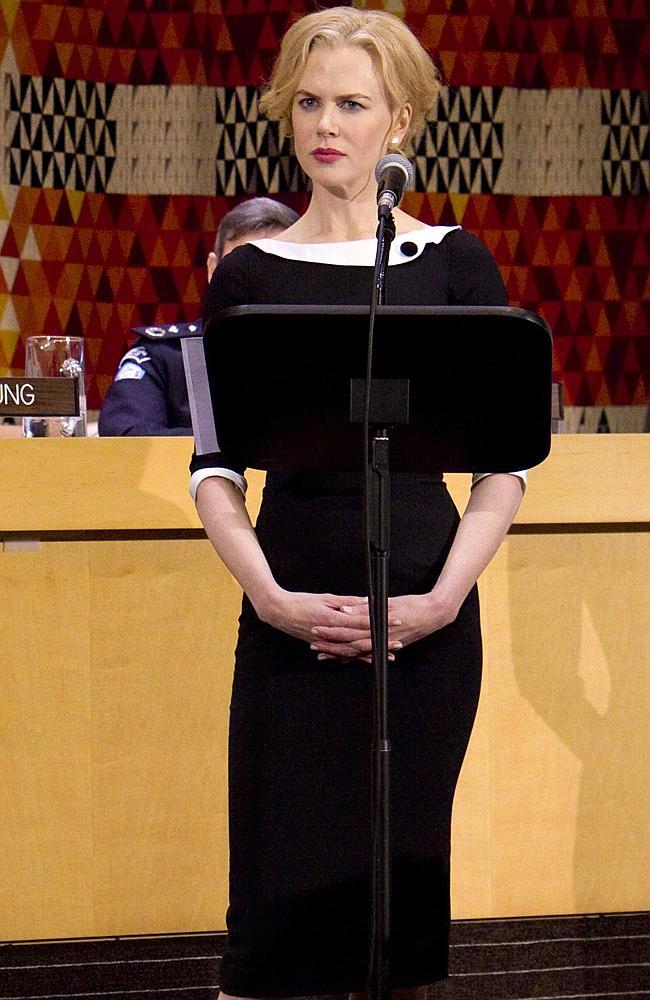 lwren-scott-headmistress-vestido-nicole-kidman