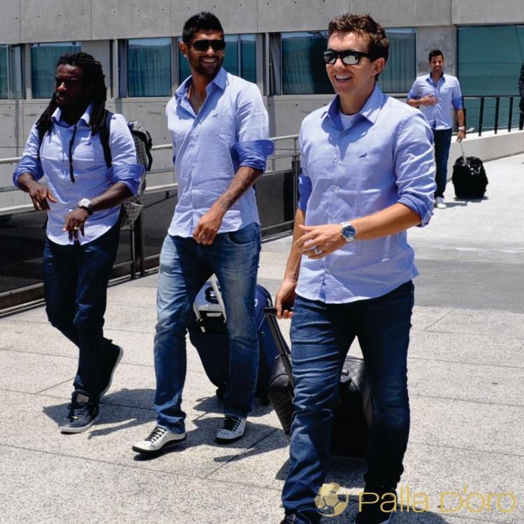 0037ab5433449 Palla D oro já virou uniforme para a delegação do Cruzeiro
