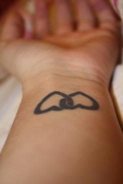 tatuagem-coração-tattoo-heart-pulso-duplo