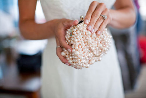 perola-pearl-clutch