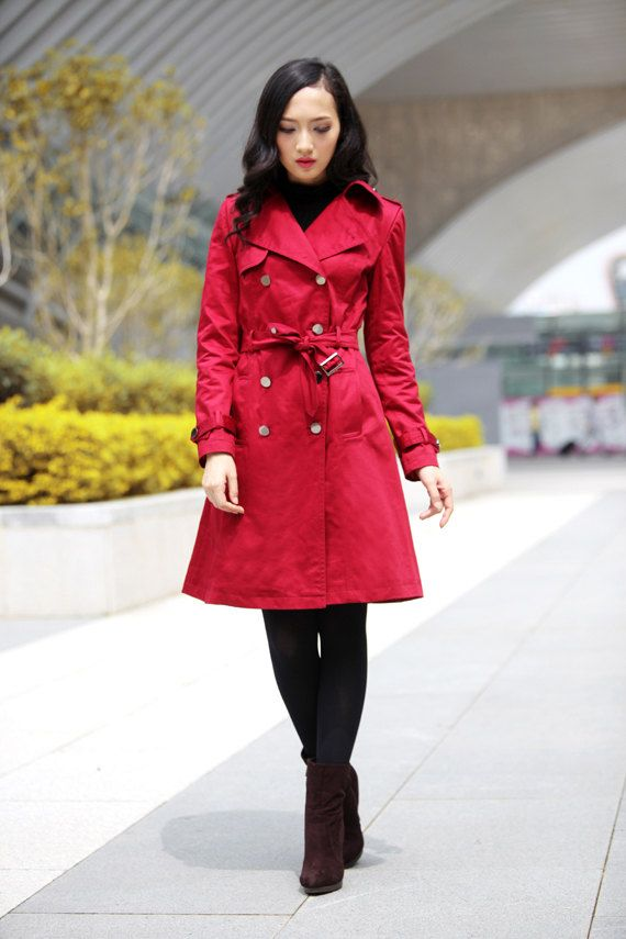 trench-coat-vermelho-red-look-black