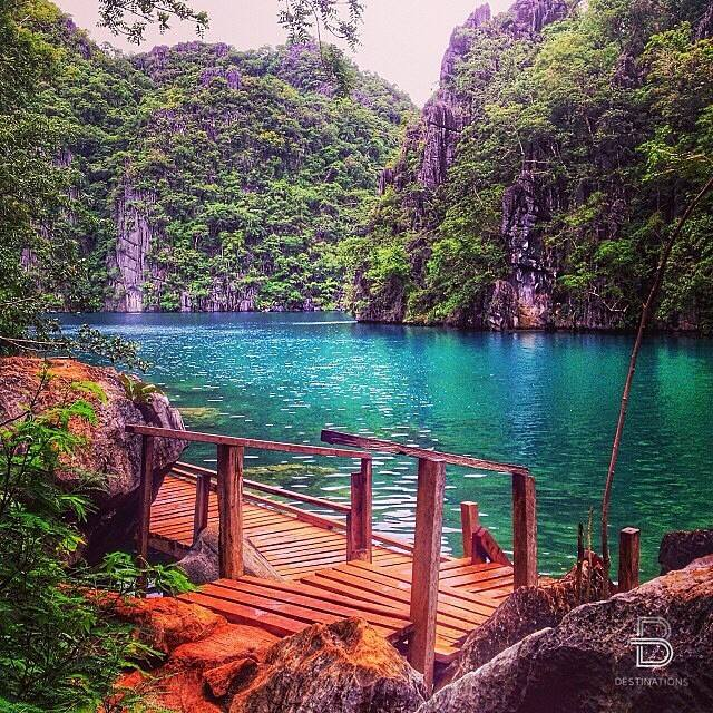 Lago Kayagan, Coron, Filipinas.