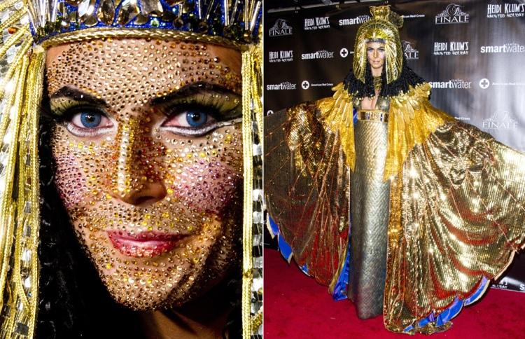 Em 2012, de Cleópatra, com seu toque especial