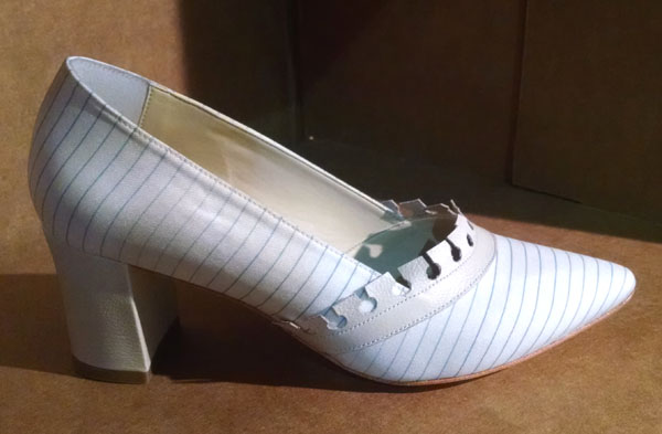 sapatos-virginia-barros-papel-passado-futuro-inverno-2015-2