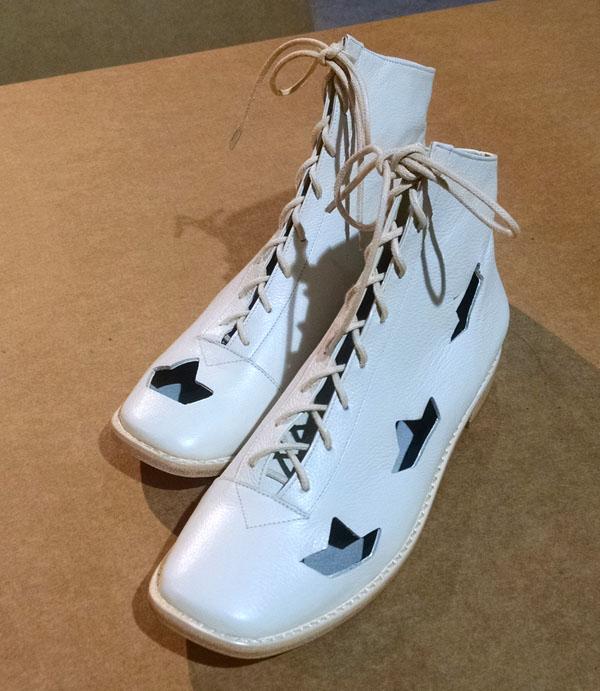 sapatos-virginia-barros-papel-passado-futuro-inverno-2015-5
