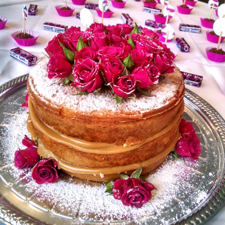 comidinhas-cha-de-lingerie-sweet-boutique-naked-cake