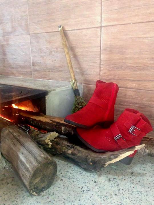 serra-bella-calçados-botas-vermelha